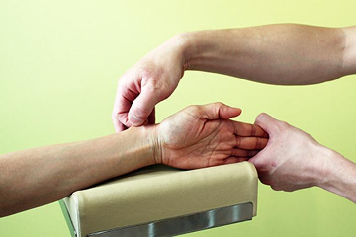 肩こり・腰痛など痛みに対しても有効な治療法